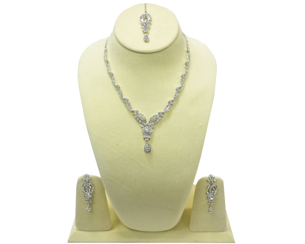 Beads India Bright White Necklace Set 290916