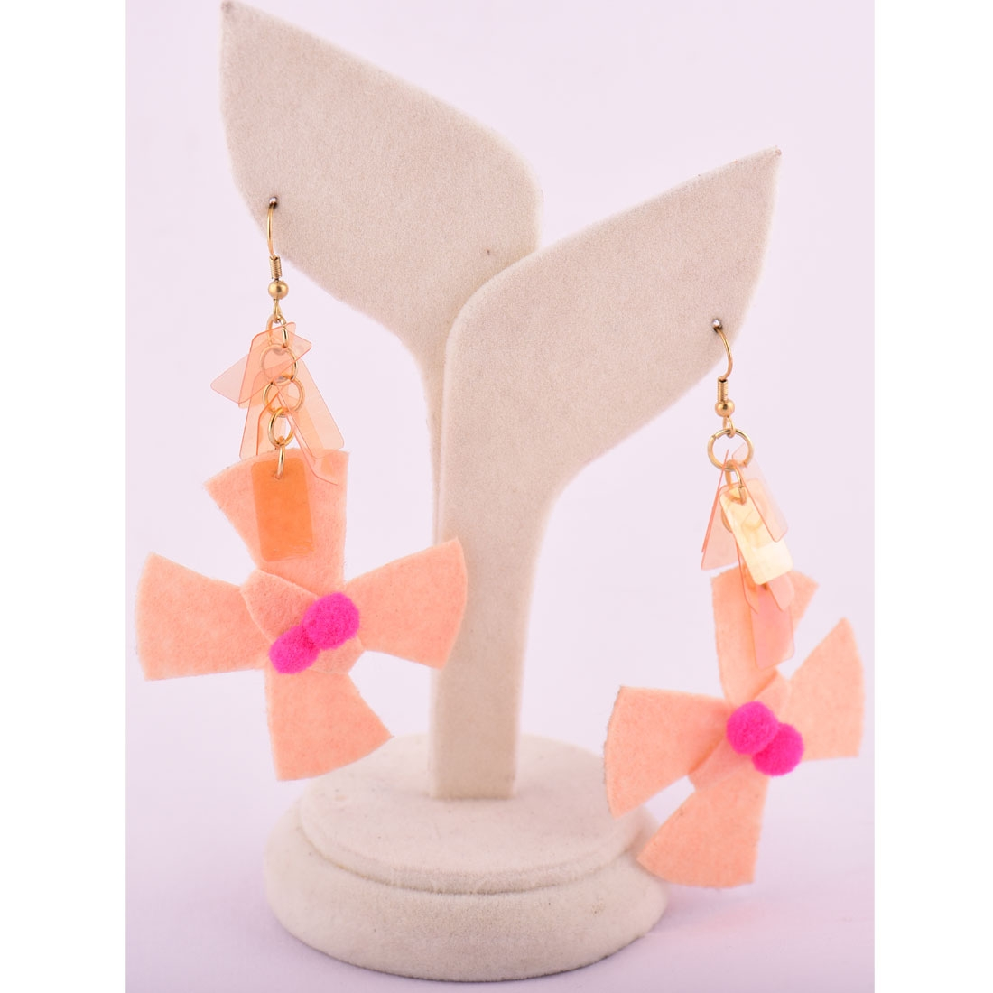 Beads India Almond Cream 1404418 Earrings